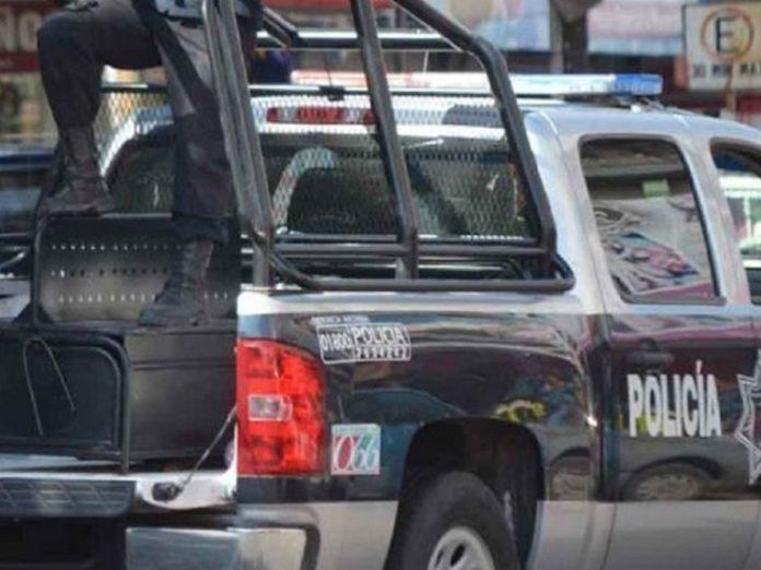 https://www.debate.com.mx/policiacas/Persecucion-y-tiroteo-dejan-a-un-herido-y-un-detenido-en-Cancun-20190521-0238.html