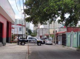 https://turquesanews.mx/cancun/cancun-tierra-sin-ley-matan-a-una-persona-en-la-sm-64/